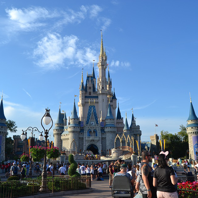 Visit Disneyworld Florida, Hire a Villa